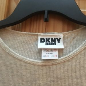 DKNY, NWT, Lightweight Thermal Top, Size P/S